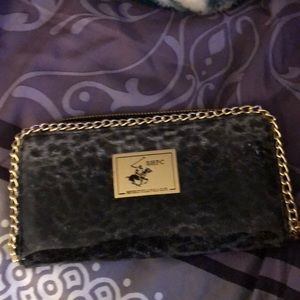 I'm selling a Wallet